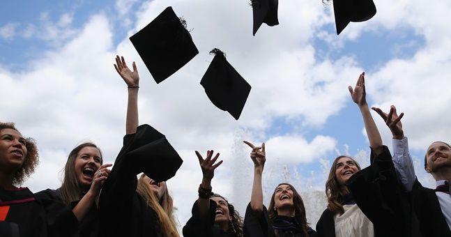 college-students-happy